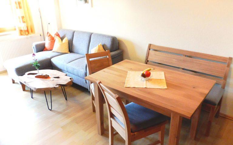 Neue Möbel im Hochgratstüble
